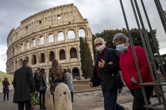 Ook rond het Colosseum in Rome is men liever voorzichtig