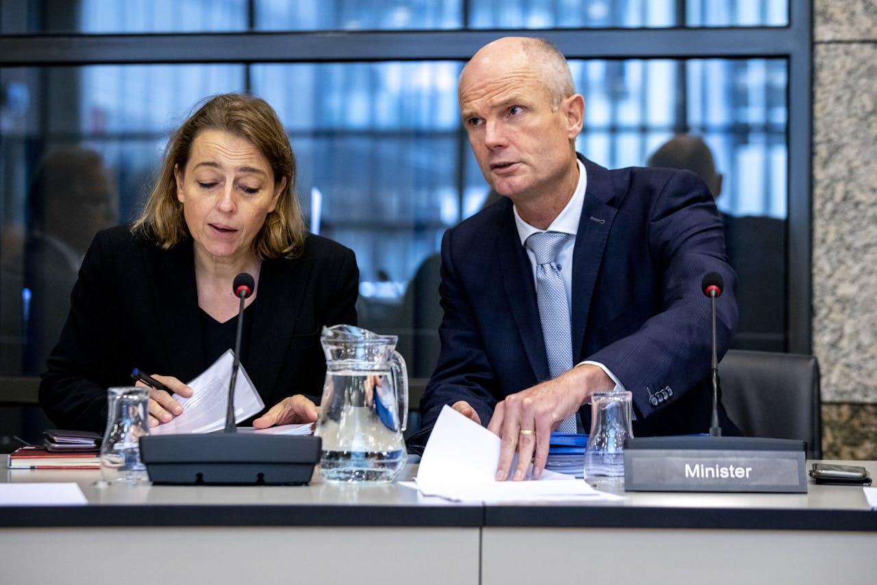 Minister Stef Blok van Buitenlandse Zaken (rechts).