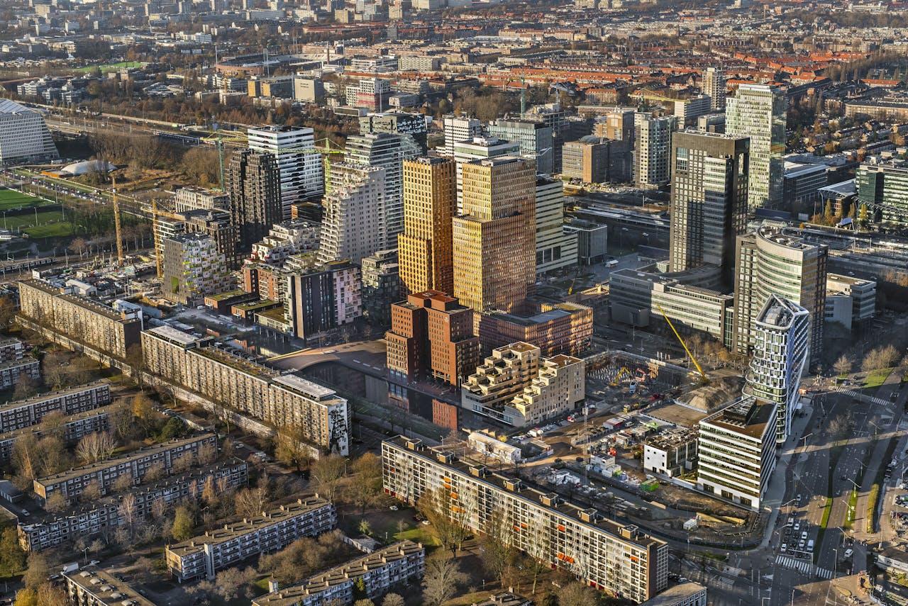 De Zuidas in Amsterdam Zuid