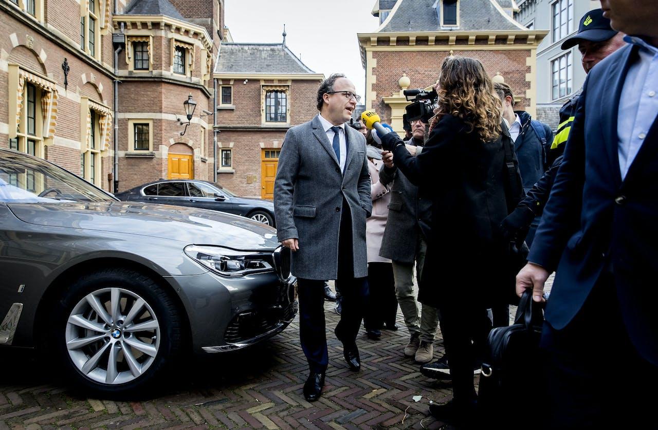 DEN HAAG - Wouter Koolmees, minister van Sociale Zaken en Werkgelegenheid komt aan op het Binnenhof voor de wekelijkse ministerraad. ANP KOEN VAN WEEL
