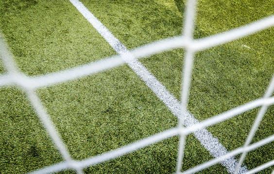 Geen opvliegende rubberen korrels dit seizoen meer op de amateurvelden