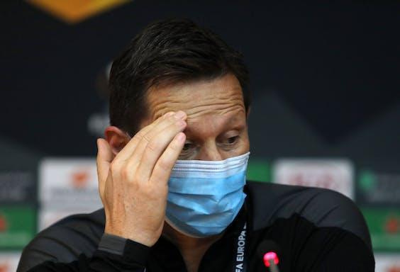 Train van PSV Roger Schmidt tijdens een persconferentie over de wedstrijd tegen Nicosia.