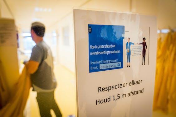 Bij Eurofins Nederland worden coronatests geanalyseerd