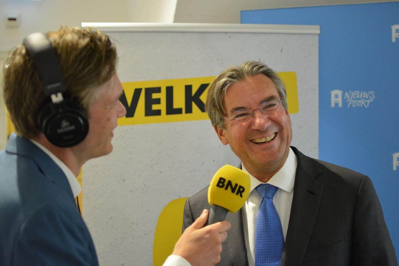 'Ik vind dat er noodmaatregelen moeten komen waardoor bouwen en onderhoud aan wegen weer kan plaatsvinden', zegt voorzitter van Bouwend Nederland Maxime Verhagen.