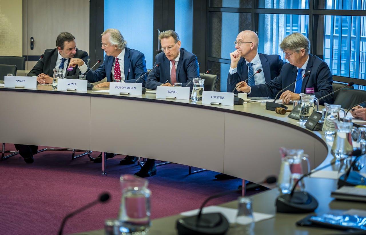 Hoorzitting in de Tweede Kamer met de parlementaire werkgroep dikastocratie, waar wordt gesproken over de macht van rechters.