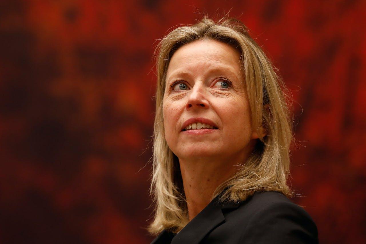 Kajsa Ollongren, minister van Binnenlandse Zaken en Koninkrijksrelaties tijdens het Tweede Kamerdebat over de afschaffing van het raadgevend referendum.