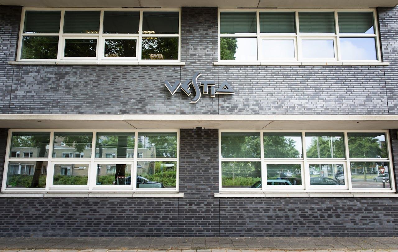 Exterieur van vestiging van Vestia.