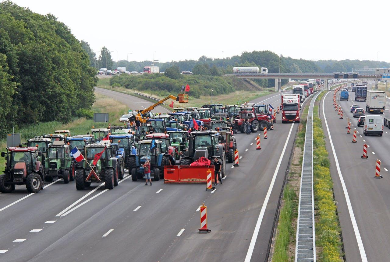 Boze boeren blokkeren de A1