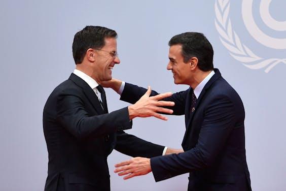 Minister-president Mark Rutte en de Spaanse premier Pedro Sanchez op de VN-Klimaatconferentie in Madrid