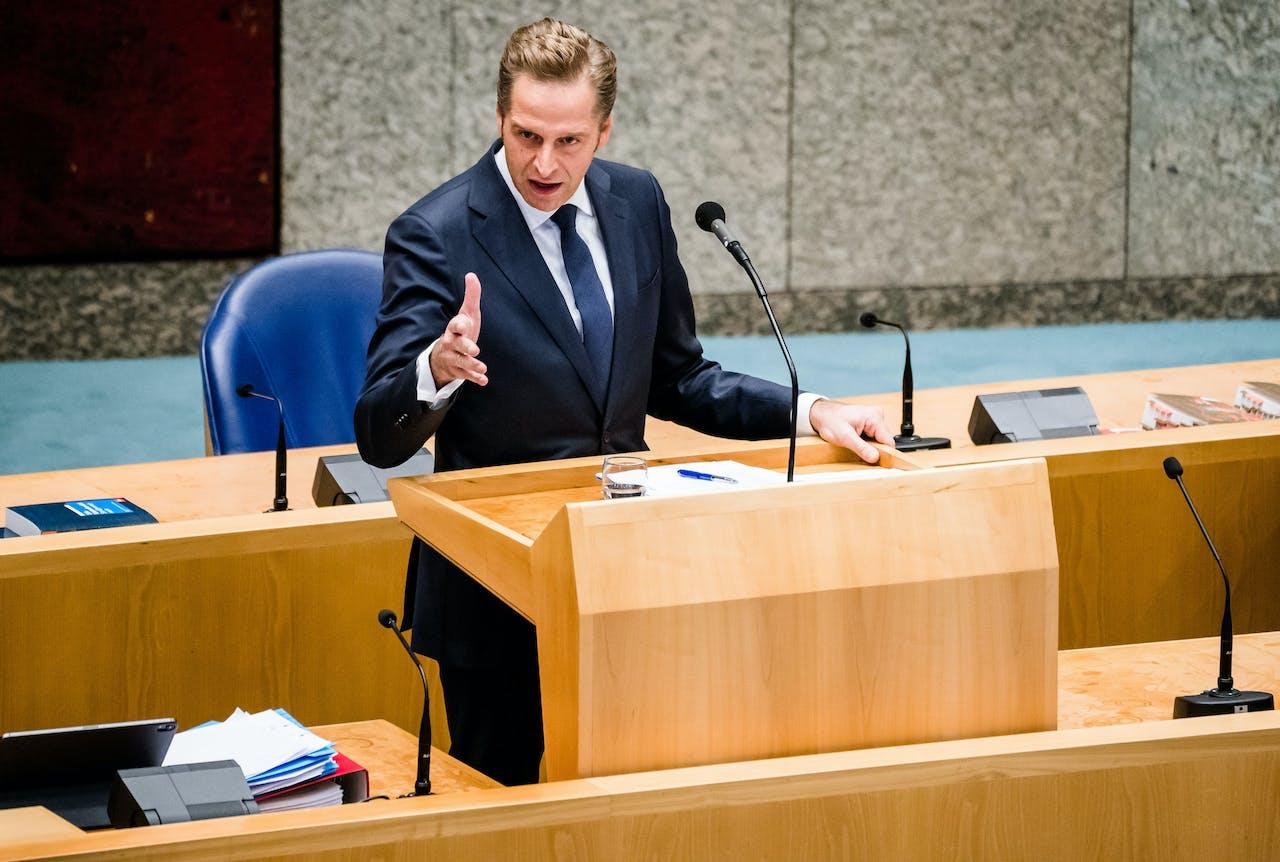 Minister Hugo de Jonge van Volksgezondheid, Welzijn en Sport (CDA) tijdens een debat over de ontwikkelingen rondom het coronavirus.