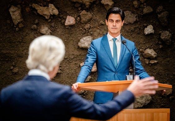 Geert Wilders (PVV) en Rob Jetten (D66) tijdens de eerste dag van de Algemene Politieke Beschouwingen, het debat na de Troonrede op Prinsjesdag. Tijdens het debat werd gesproken over de hoofdlijnen van de miljoenennota en de rijksbegroting.
