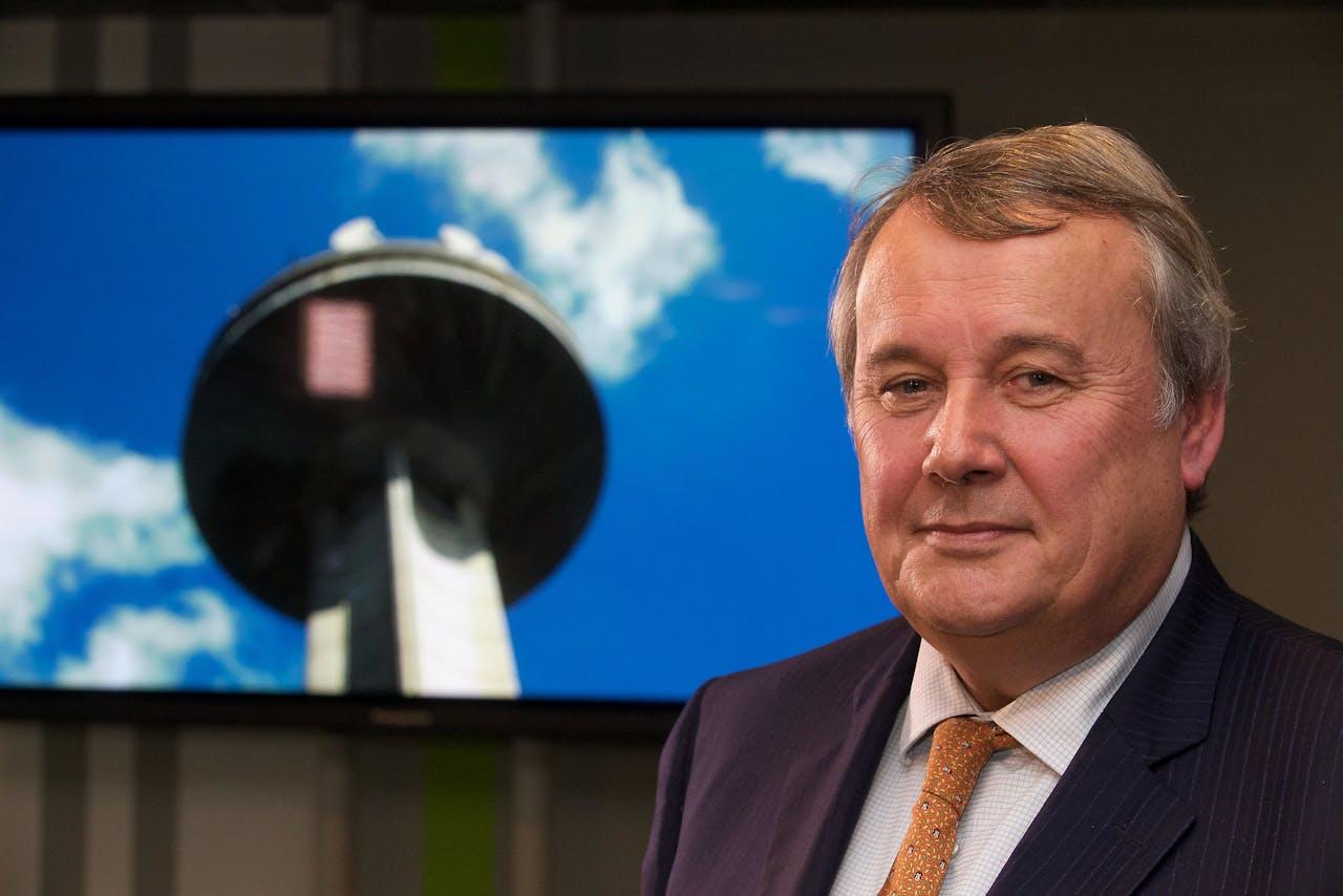 Op 20 januari werd naar buiten gebracht dat de Vlaamse regering VRT-CEO Paul Lembrechts hadden ontslagen.