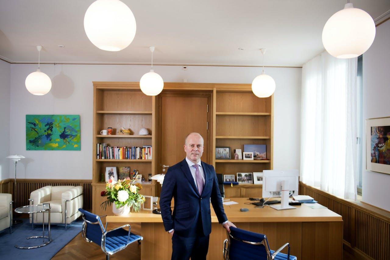 Staatssecretaris Raymond Knops (CDA) van Binnenlandse Zaken en Koninkrijksrelaties.