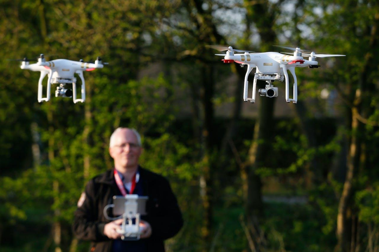 Eigenaars van drones testen in de buurt van luchthaven Schiphol geofencing, een technologie die moet voorkomen dat drones kunnen opstijgen op plaatsen waar dat niet mag.