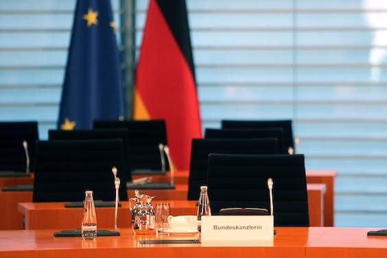 De lege stoel van Angela Merkel in de Bondsdag