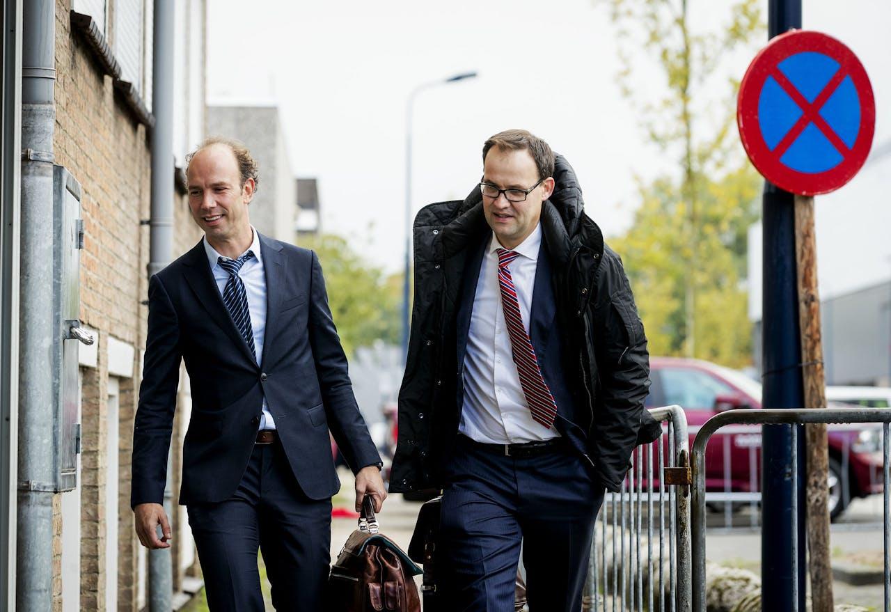 Advocaat Sander Janssen en zijn collega Robert Malewicz.