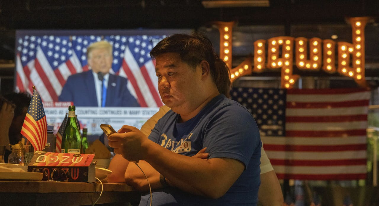 Trump op een Chinees televisiescherm
