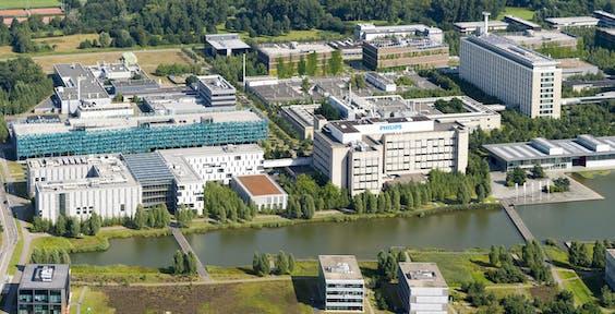 Luchtfoto van de campus in Eindhoven