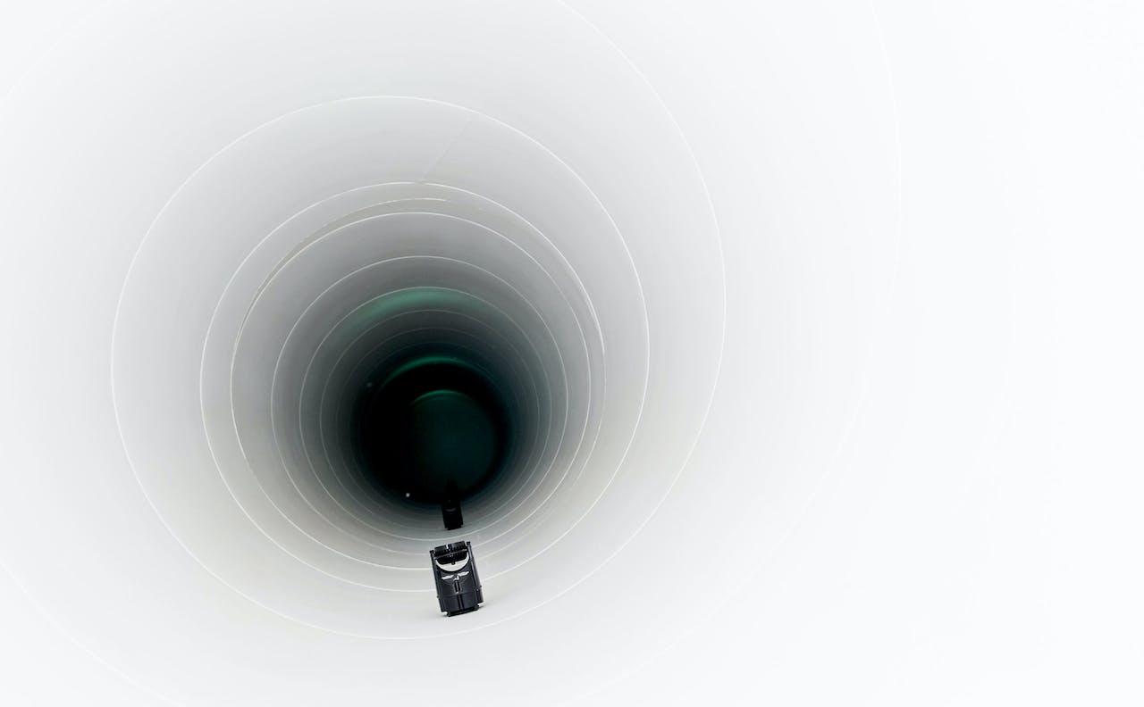 Een 30 meter lange testbuis om op lage snelheid een hyperloop te testen.
