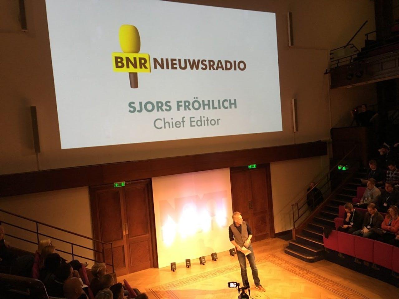 Sjors Fröhlich op de Next Radio-conferentie in Londen.