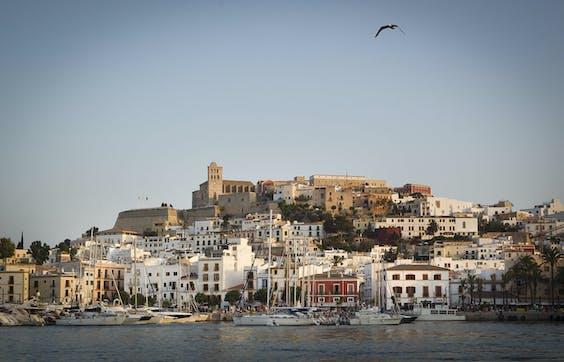 Ibiza in de zon