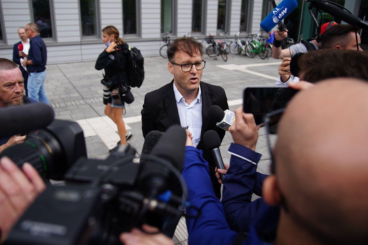 Jaka Bizilj staat de pers te woord