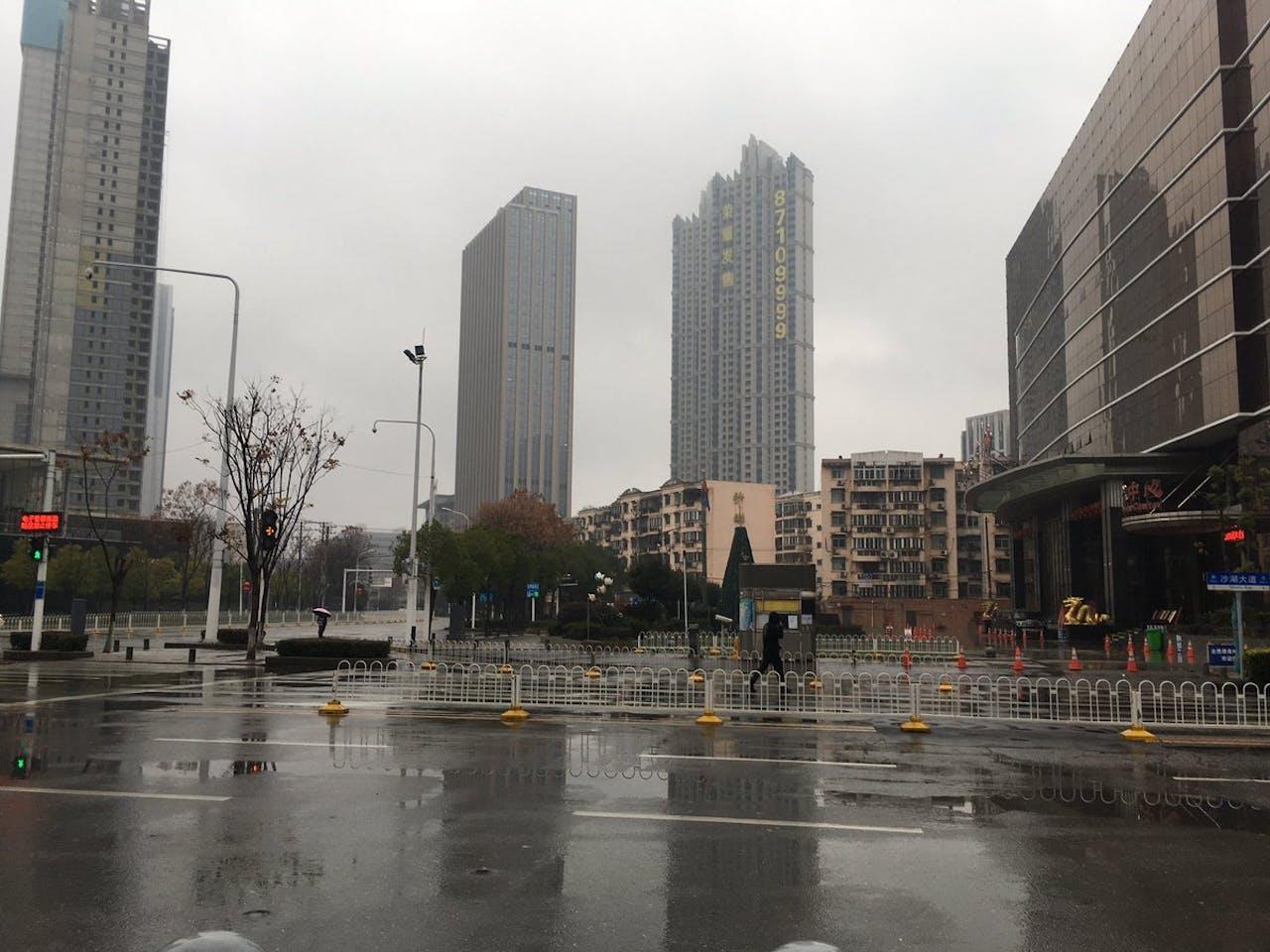De Chinese stad Wuhan is veranderd in een spookstad nu er een lockdown is