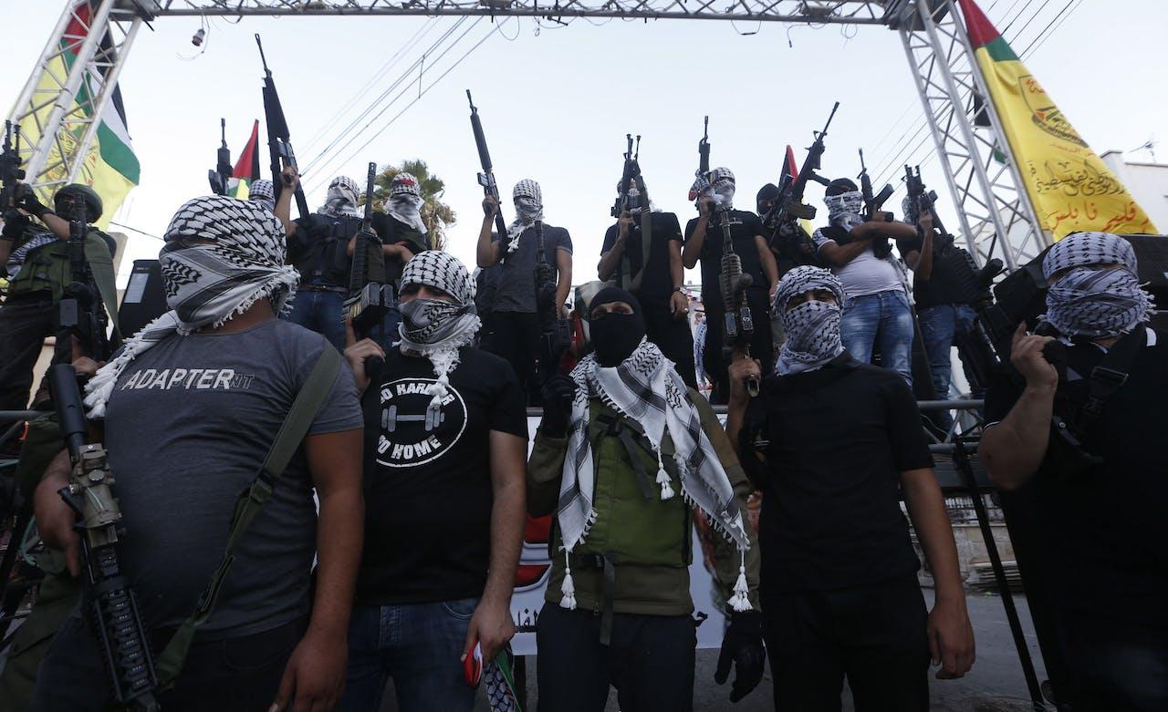 Palestijnse leden van Fatah protesteren tegen het akkoord