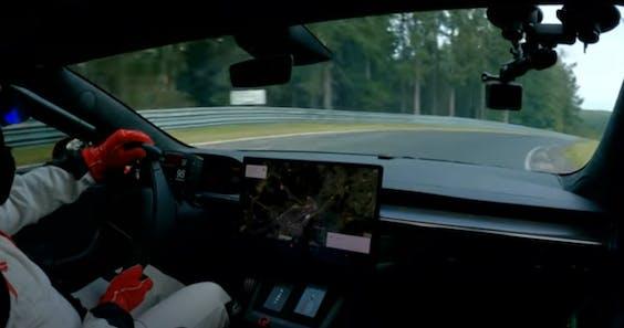 Tesla breekt ronderecord voor elektrische auto's op de Nürburgring