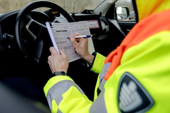 Rijkswaterstaat zet landelijk weginspecteurs in met BOA-status.