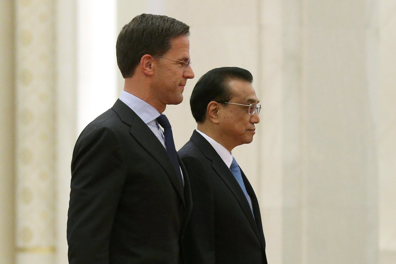 Premier Rutte en zijn Chinese collega Li Keqiang in Beijing in april van dit jaar.