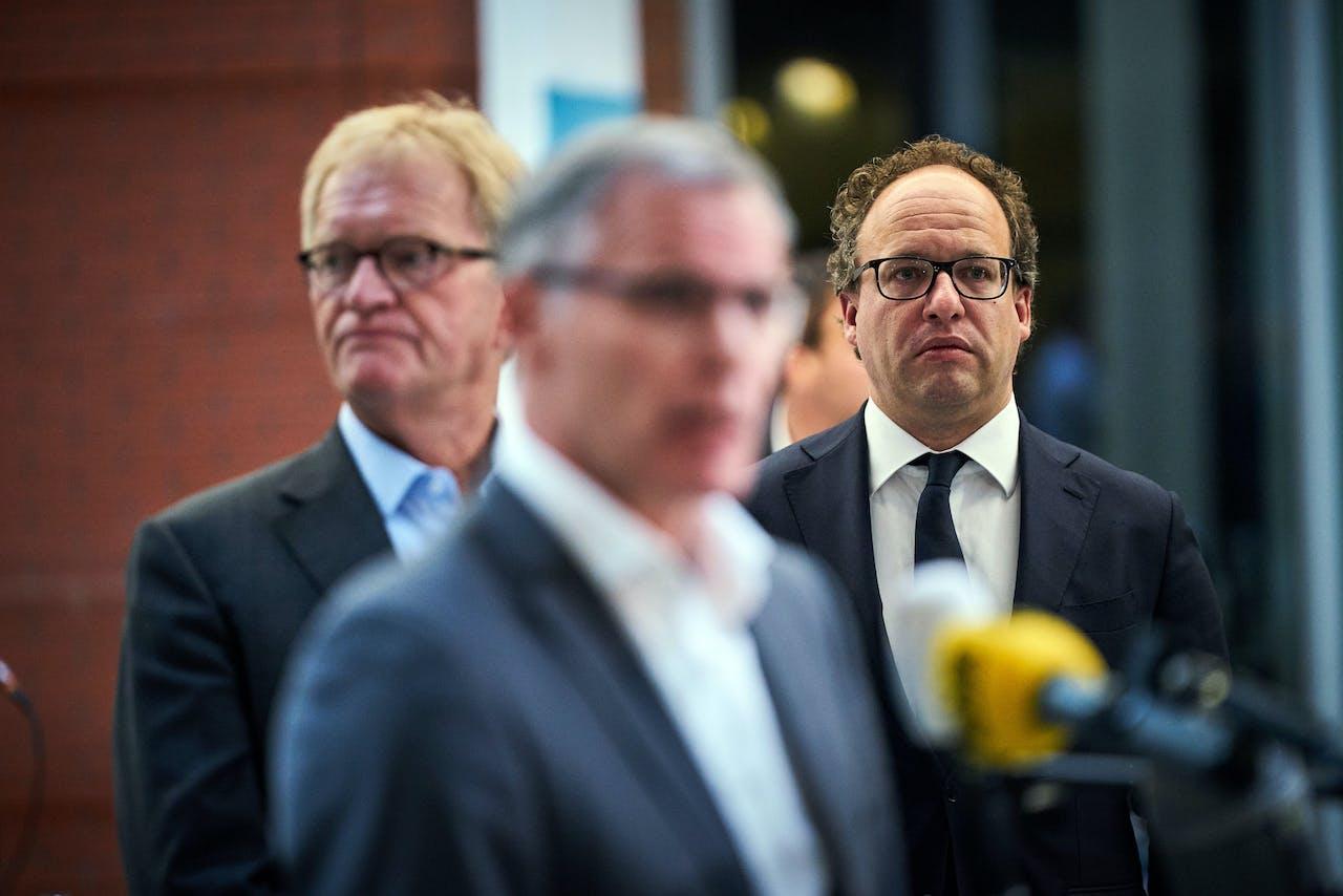 DEN HAAG - Han Busker (FNV), Minister Wouter Koolmees van Sociale Zaken en Werkgelegenheid (D66) en Hans de Boer (VNO NCW) in het ministerie van Sociale Zaken en Werkgelegenheid. Vakbonden, werkgevers en kabinet zijn tot een pensioenakkoord gekomen.