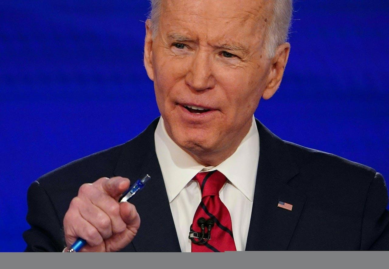 Joe Biden takes p