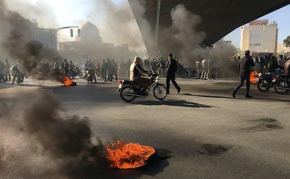 Amnesty: Meer dan honderd doden bij protesten Iran