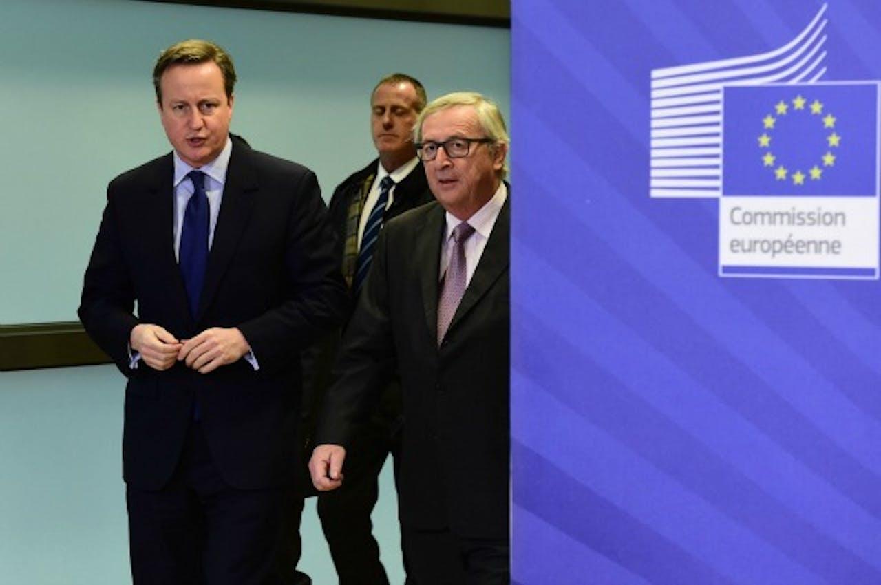 Cameron komt aan bij onderhandelingen. Foto: ANP