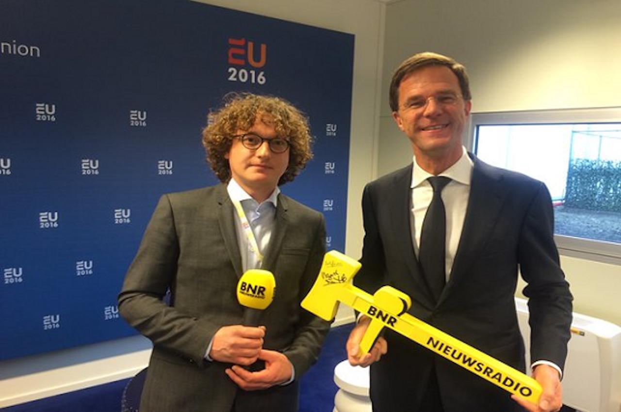 BNR-verslaggever Laurens Boven met Mark Rutte.