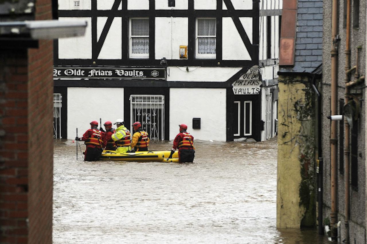 In december raasde storm Frank over Groot Brittannië, waardoor delen van het land onder water stonden (Foto: ANP)