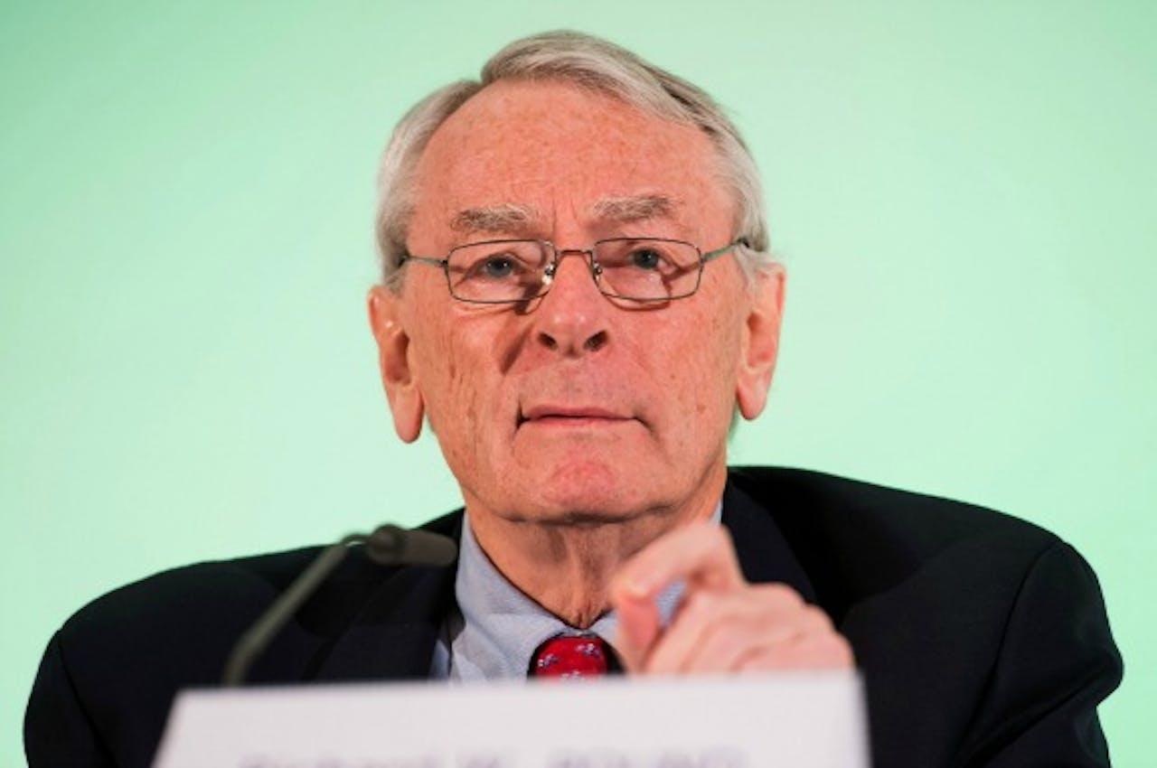 Dick Pound, voorzitter van de onderzoekscommissie van antidopingagentschap WADA tijdens de persconferentie. Foto ANP