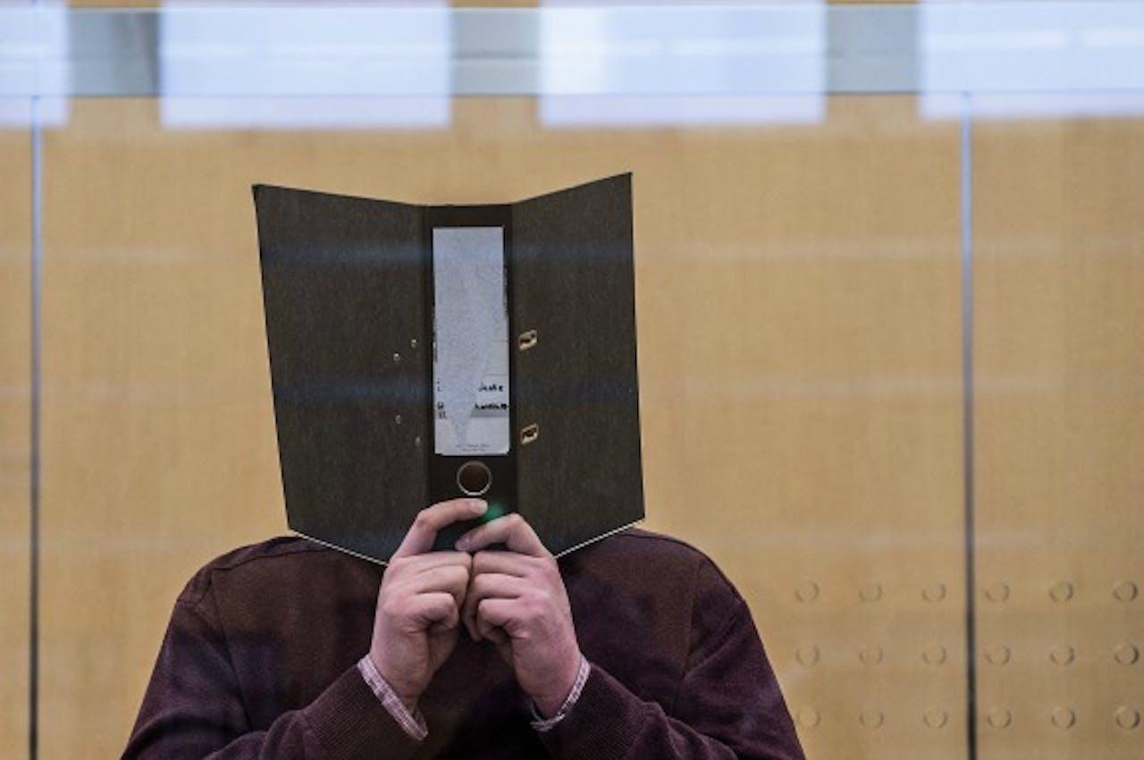 Een IS-verdachte voor de rechtbank in Duitsland. (Foto: ANP)