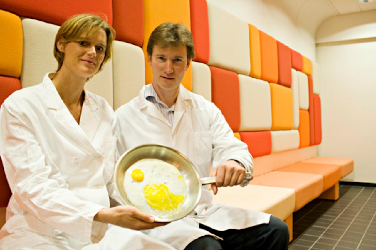 Celbiologe Madelon Maurice van UMC Utrecht en biomoleculair chemicus Stefan Rüdiger van Universiteit Utrecht (Foto: UU)