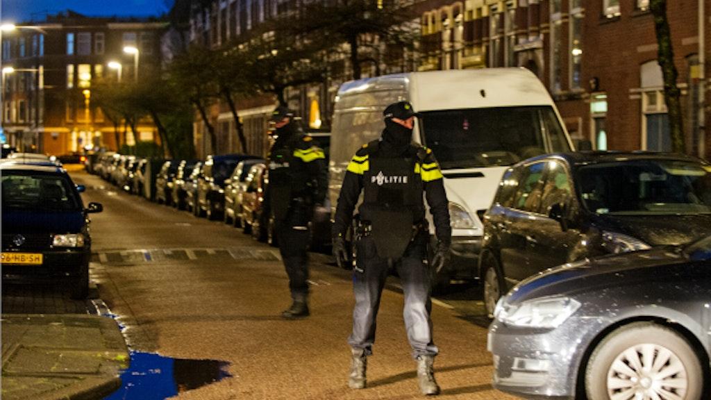 Landelijk Parket Rotterdam : Arrestaties in rotterdam bij zoektocht naar terreurverdachte bnr