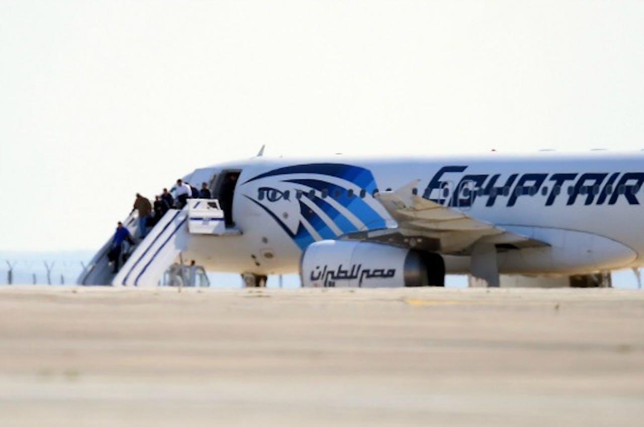 Het gekaapte Egypt Air-vliegtuig in Cyprus. Foto ANP