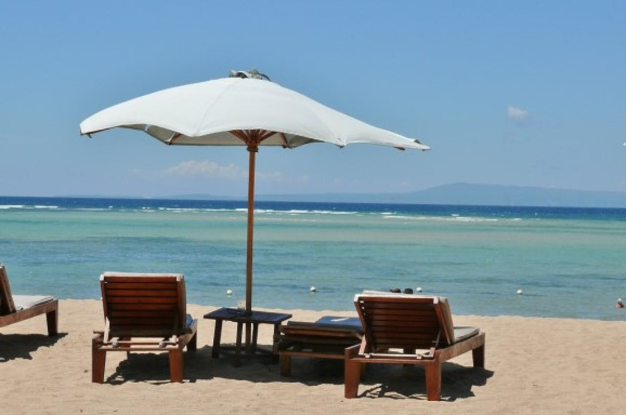Onderzoek: Nederlanders gaan minder geld uitgeven aan vakanties in 2013