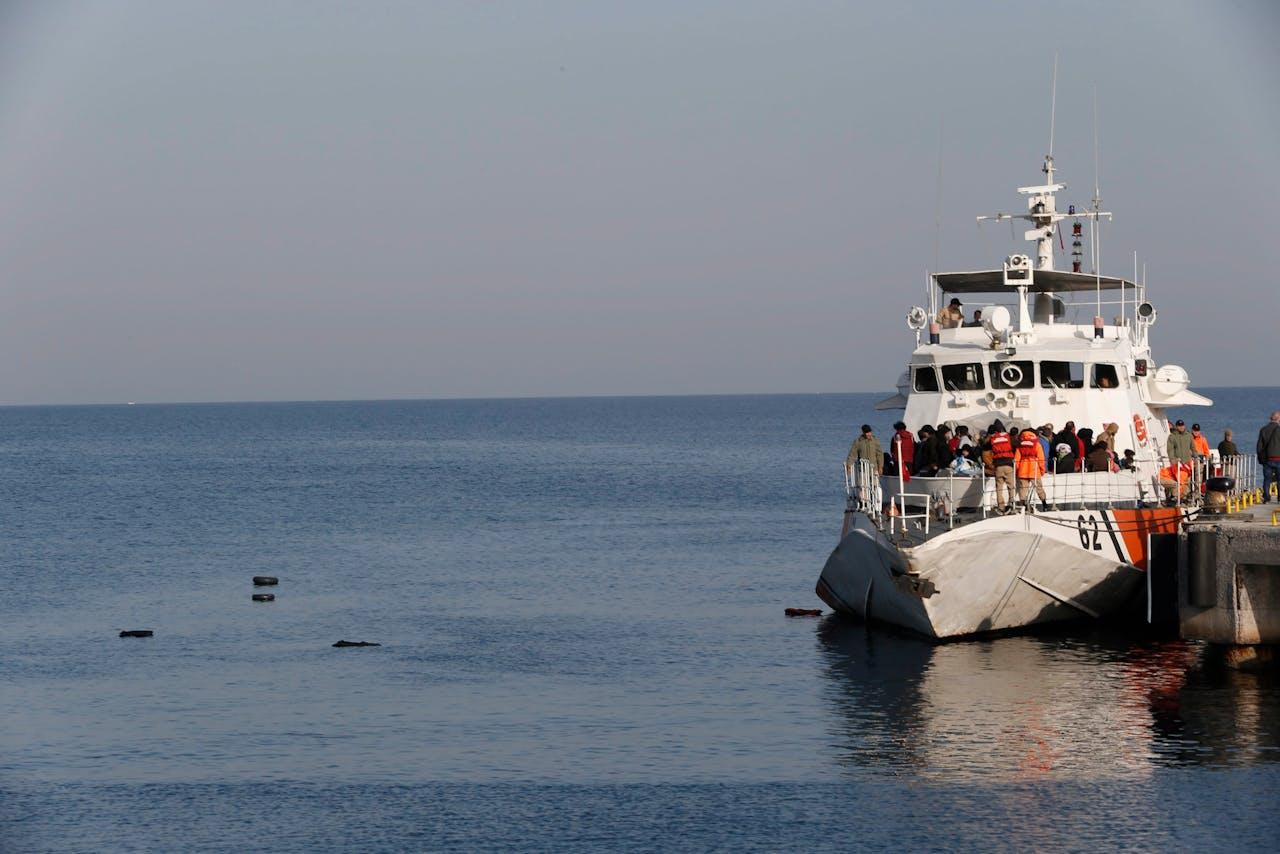 Een boot met migranten arriveert in Turkije. Foto ANP