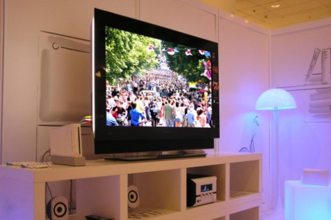 Onderzoek: Amerikaan bekijkt liever tv-reclame dan online advertentie