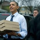 160413_obamapizza.png