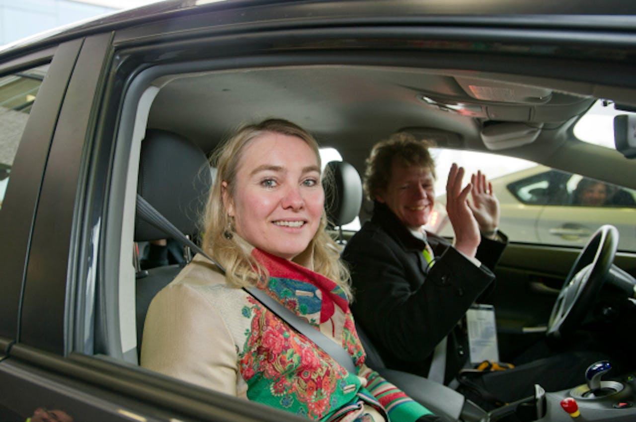 Minister van Verkeer Melanie Schultz (VVD) in een zelfrijdende auto. Foto: ANP