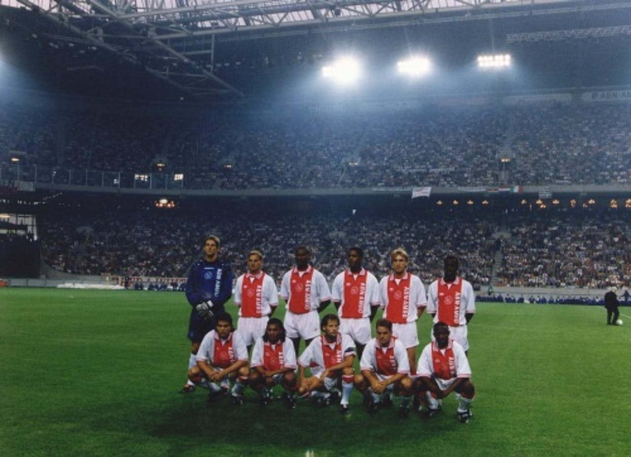 Ajax voorafgaand aan de eerste wedstrijd in de ArenA. ANP