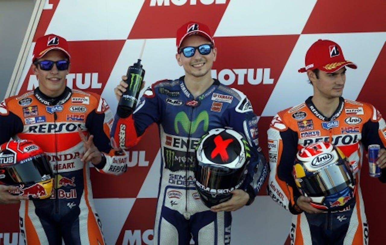 De Spaanse coureur Jorge Lorenzo (midden) is de favoriet (EPA)