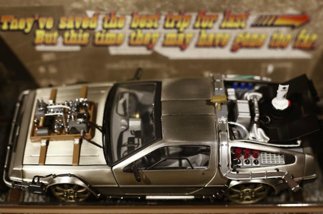 Een miniatuurversie van de DeLorean, de tijdreisauto uit Back To The Future-films.